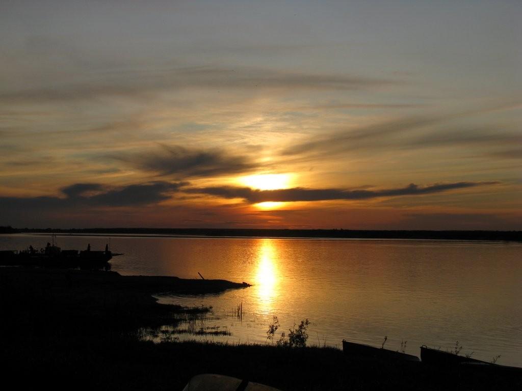Закат на реке Двине