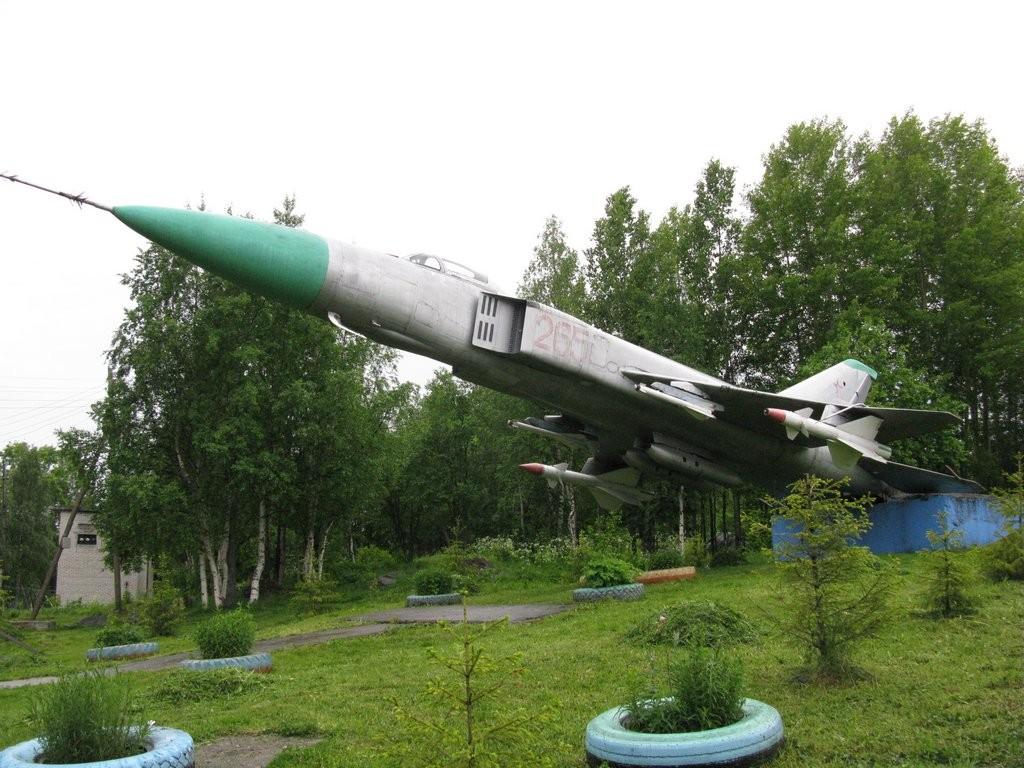военный городок Сокол самолет СУ-15