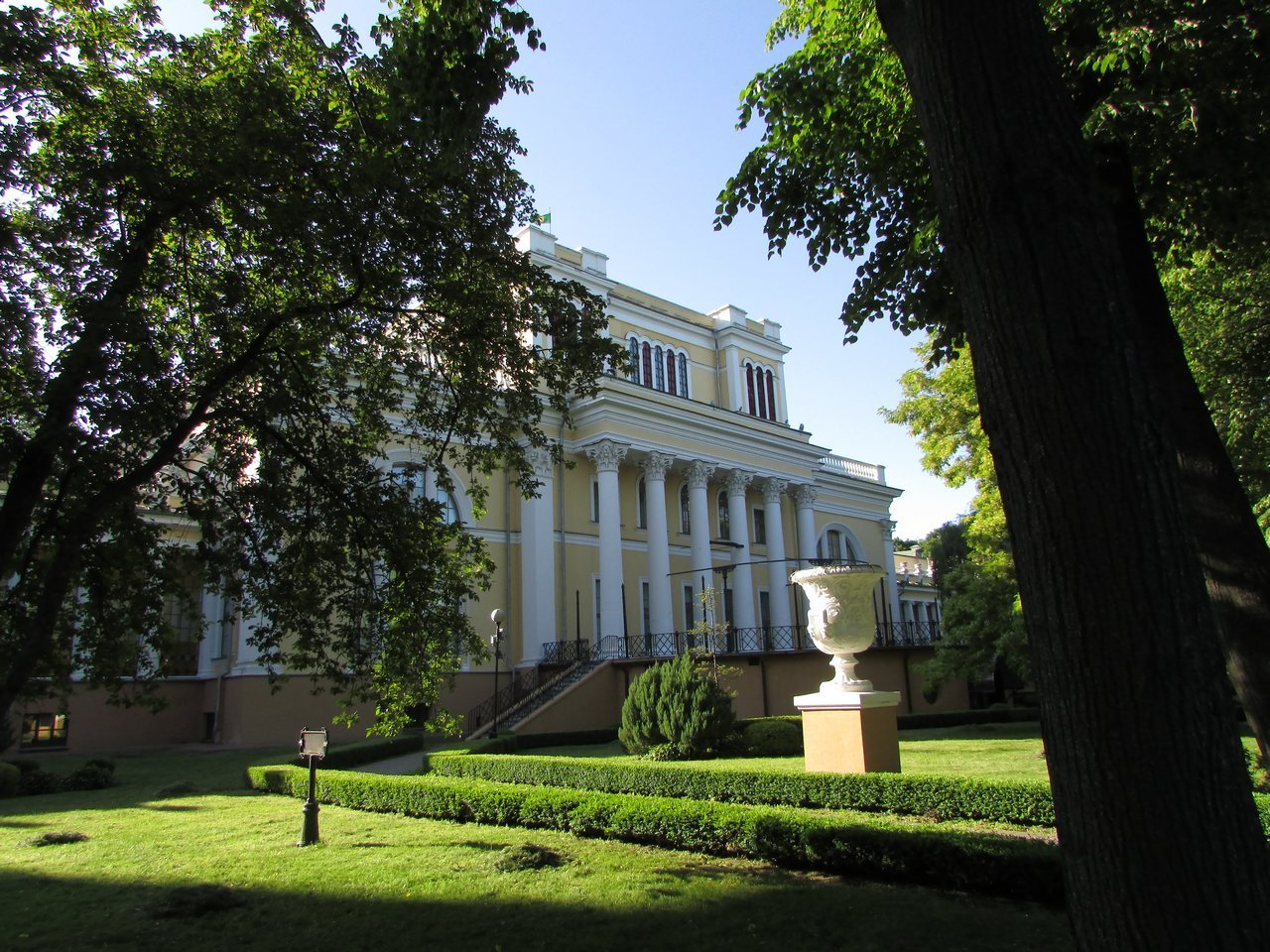 Румянцевский дворец