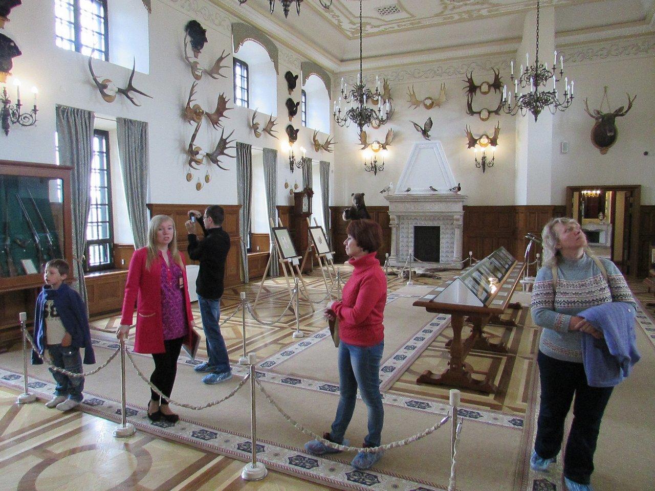 Зал охотничьих трофеев