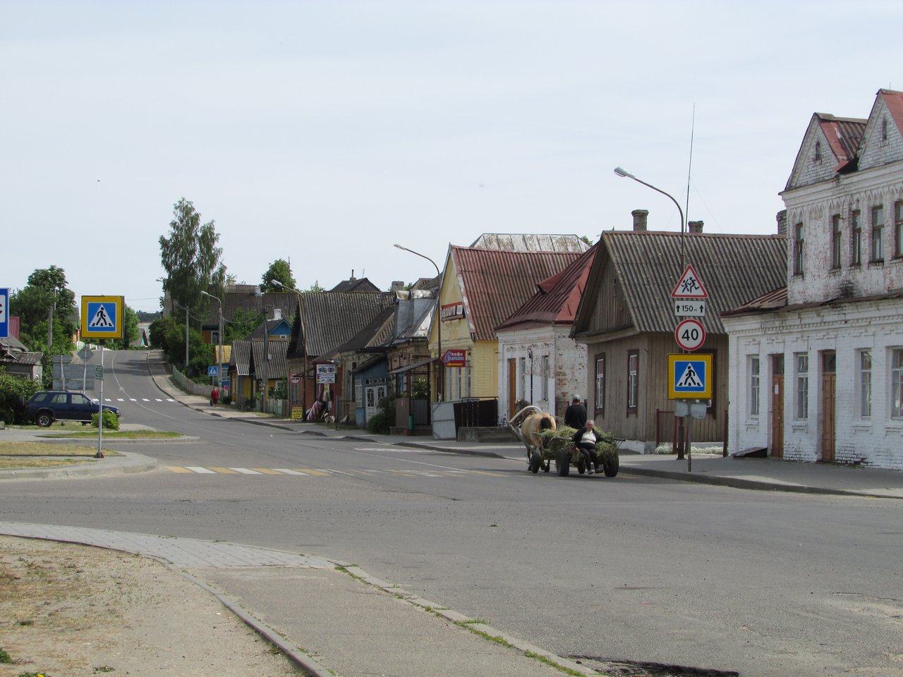 Типичная белорусская деревенская улочка