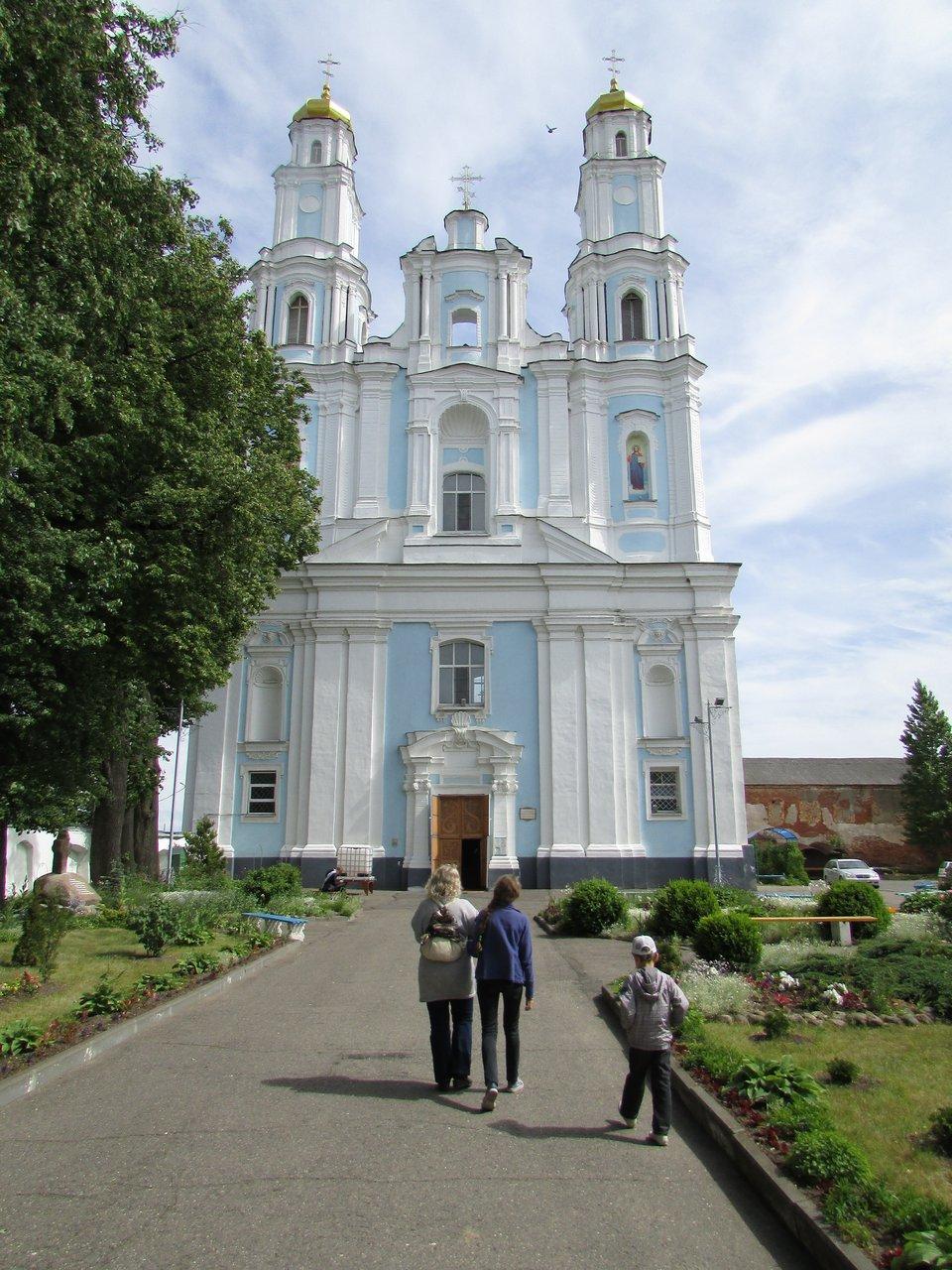 Глубокое. Православный храм Рождества Пресвятой Богородицы