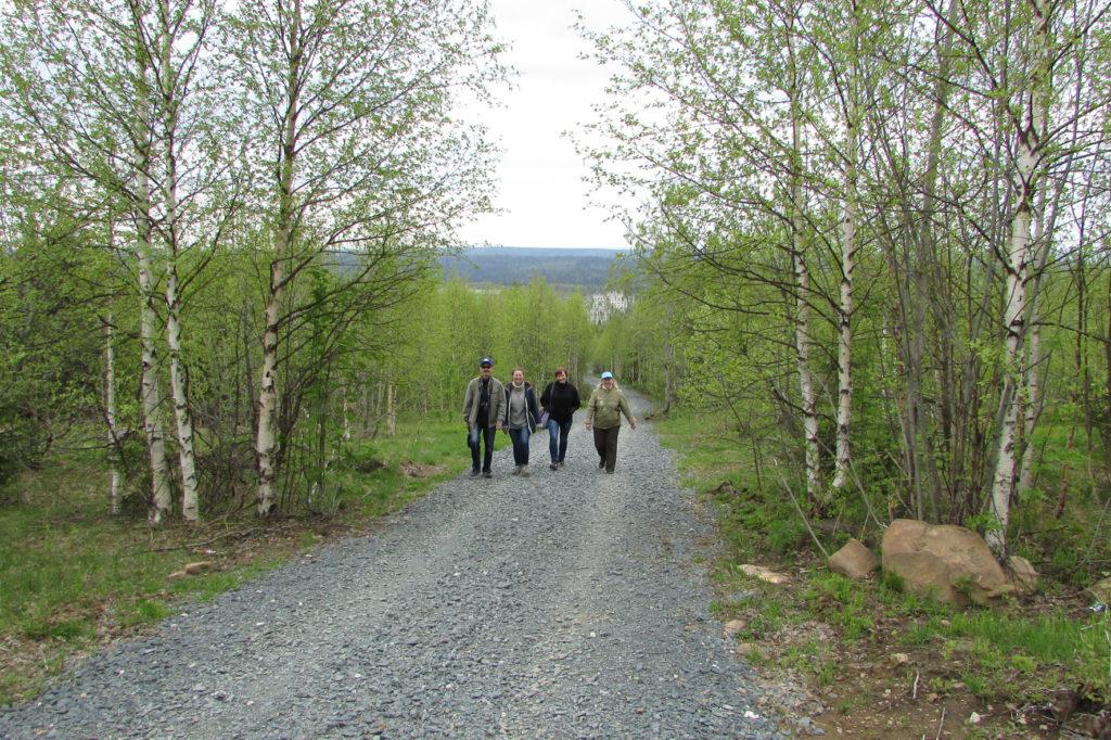 Дорога на гору Крестовую