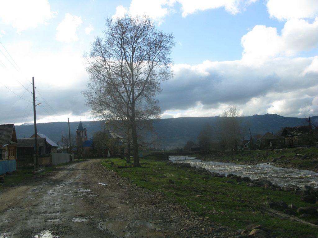 Село Тюлюк на реке Тюлюк