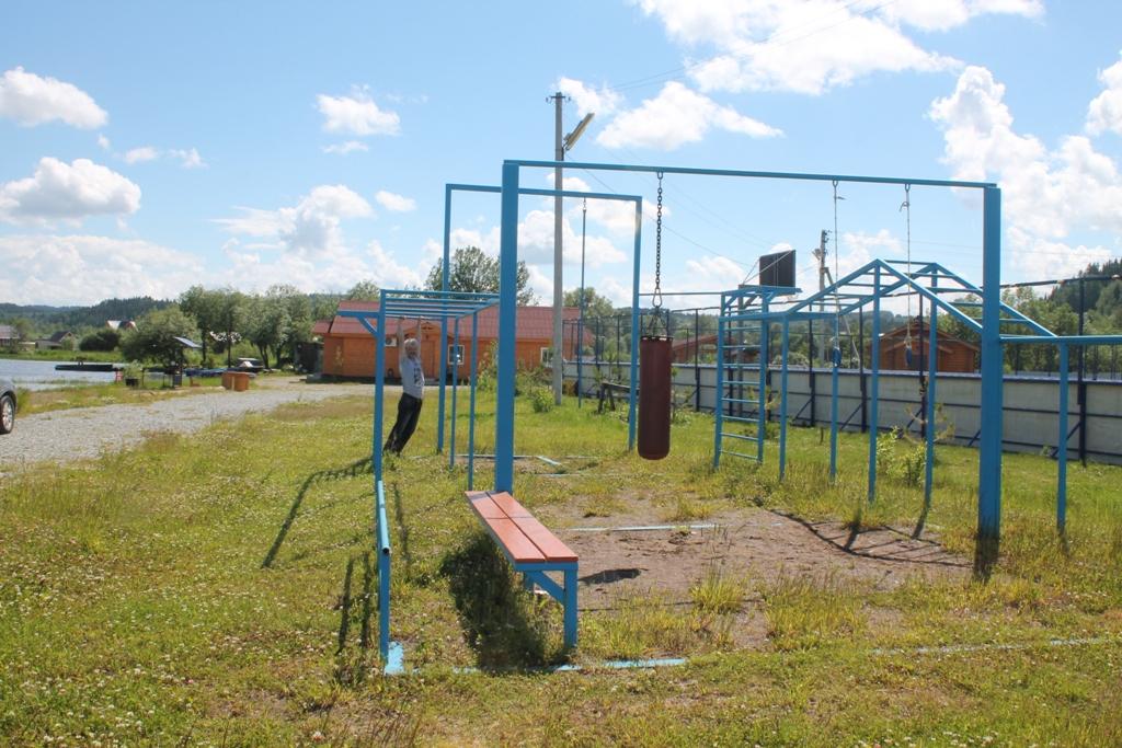 Спортивная площадка на базе Першино