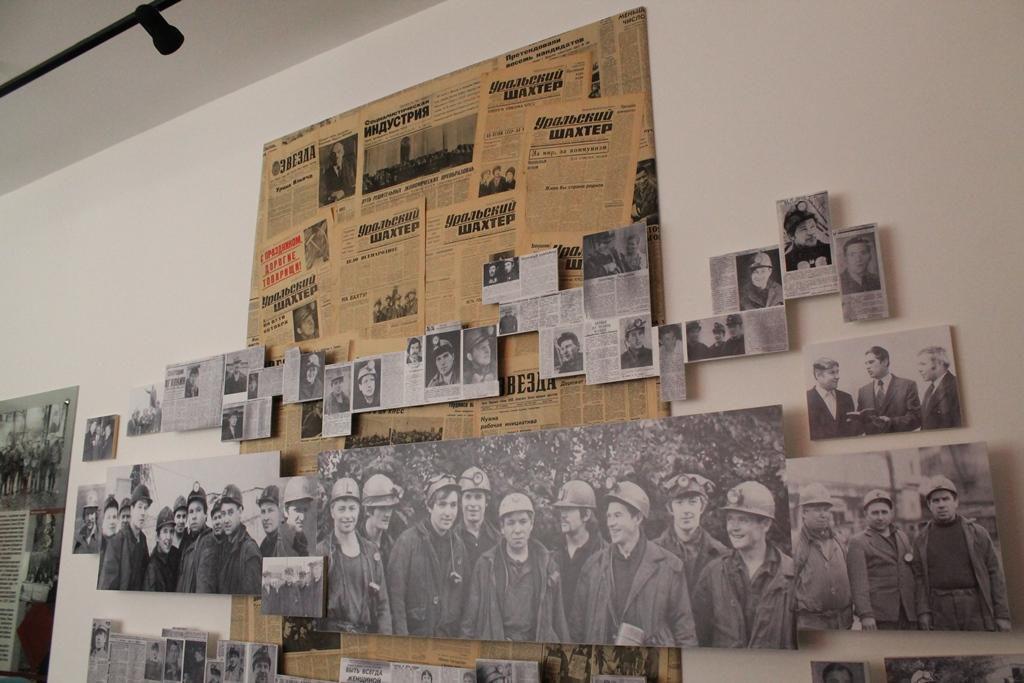 Газетные вырезки, фотографии шахтеров