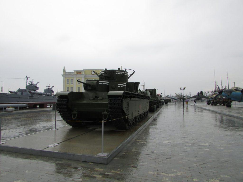 Т-35 на площадке музея