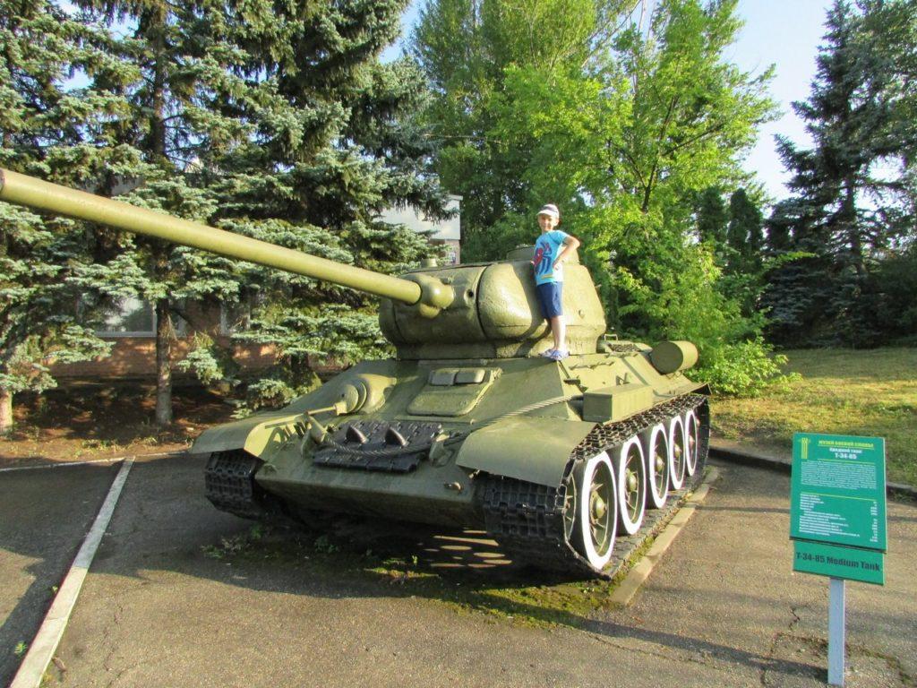 Легендарный Т-34-85