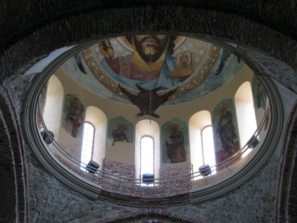 Фрески на куполе собора