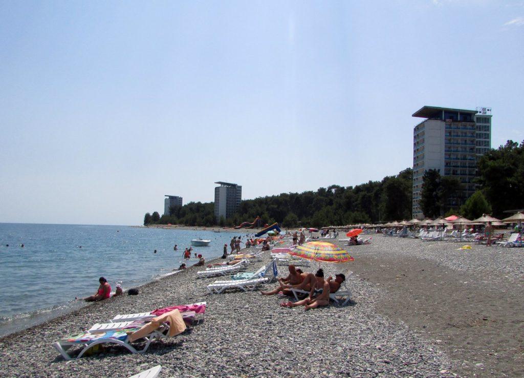 Пляж у санаториев