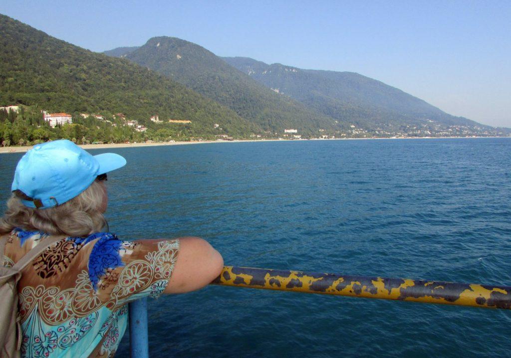 Вид с моря на Гагру