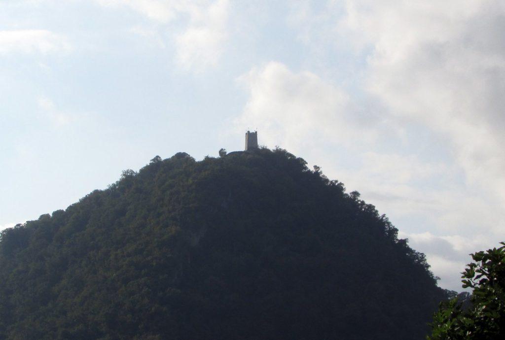 Вид от монастыря на Анакопийскую (Иверскую) гору
