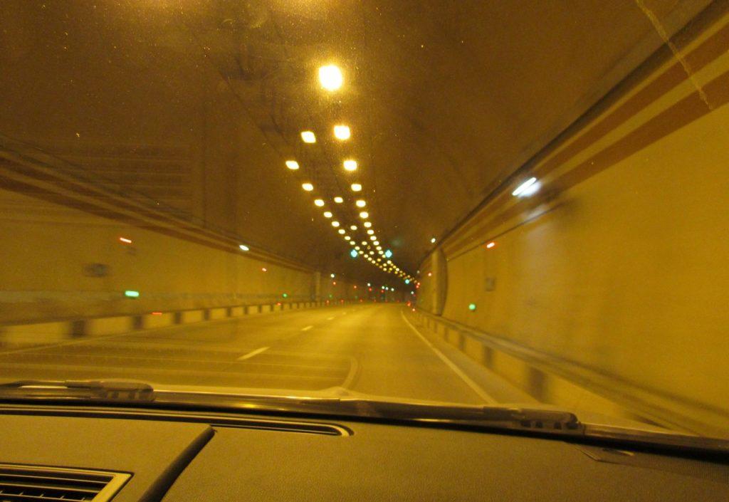Через семь тоннелей мимо Сочи