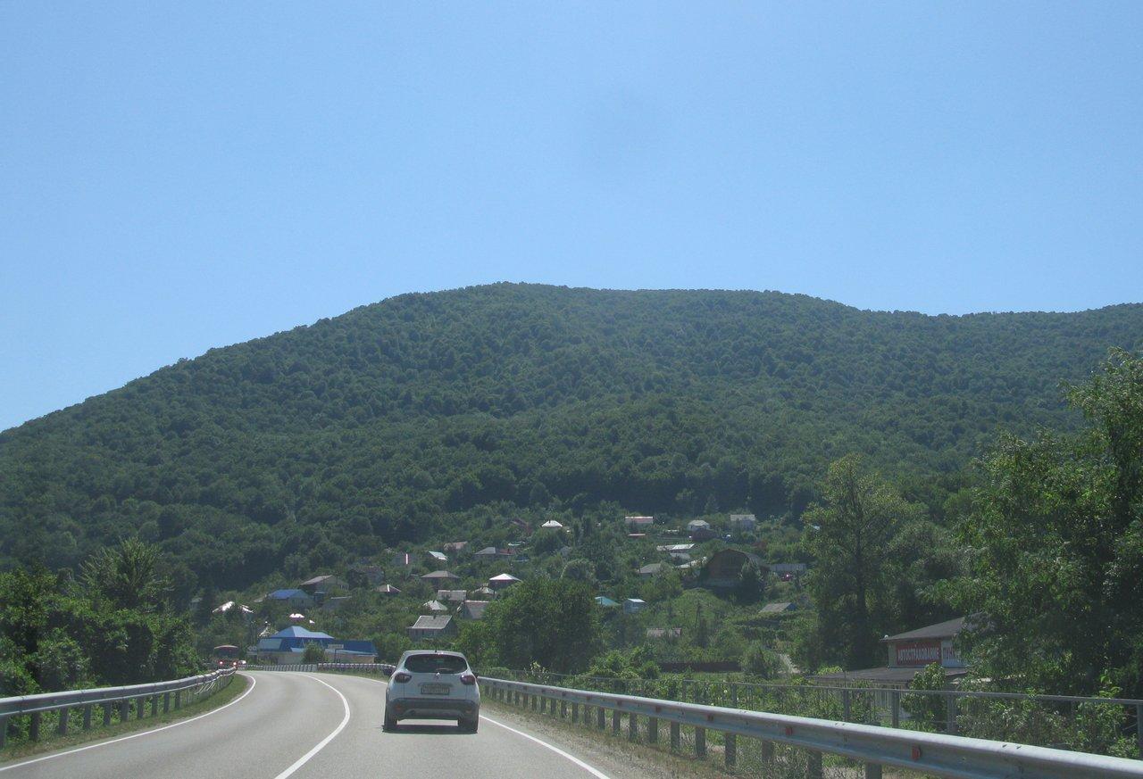 Вперед! На Абхазию!