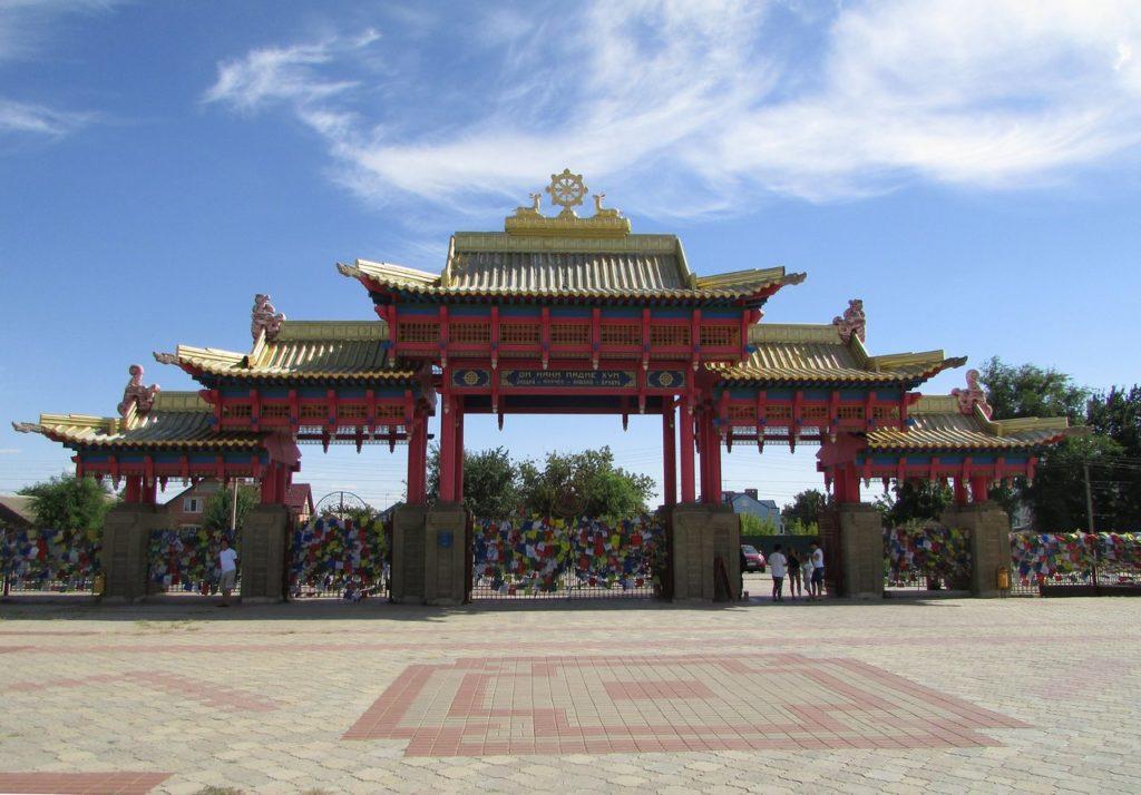 Южные ворота храма