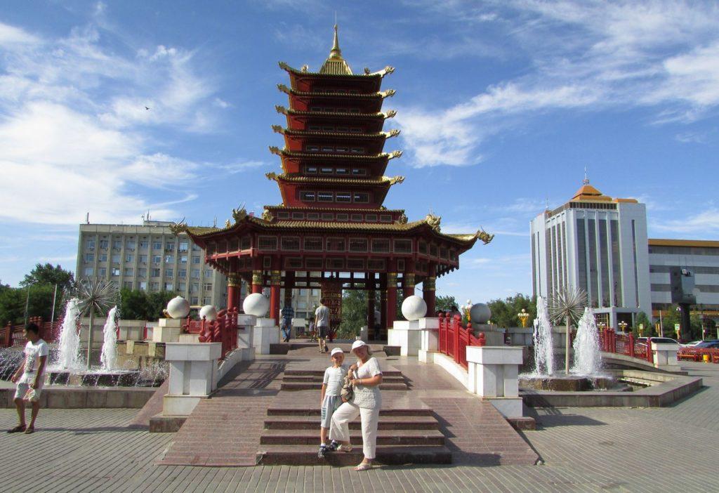 """Пагода """"Семь дней"""""""
