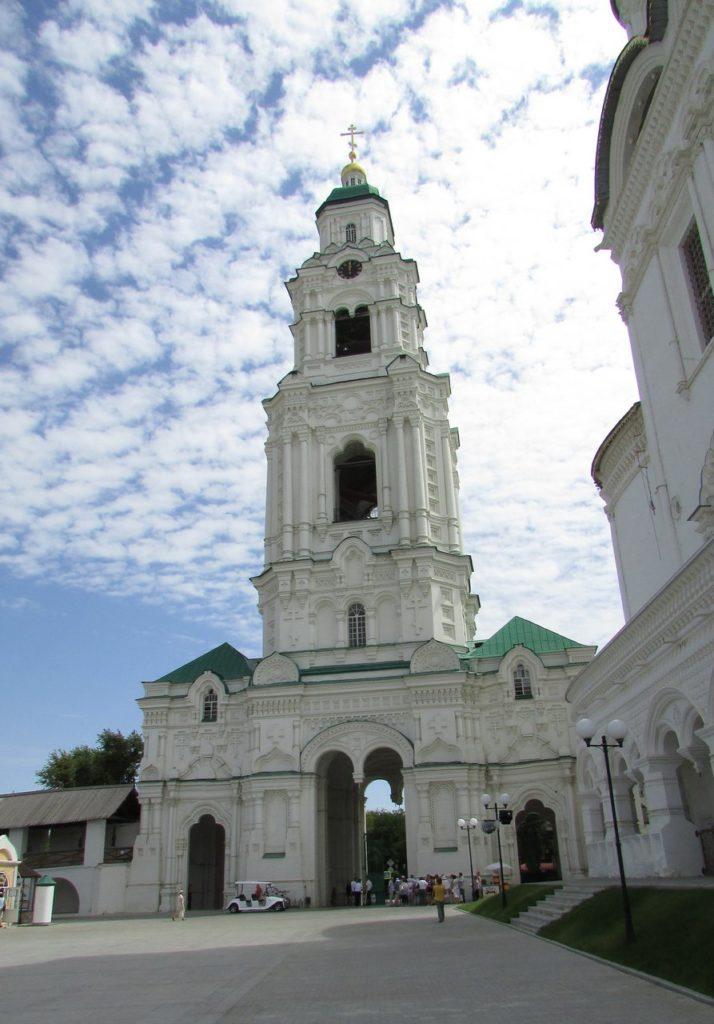 Колокольня кафедрального Успенского собора