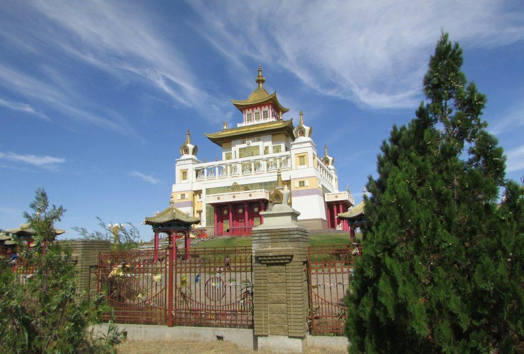 Элиста - центр российского буддизма