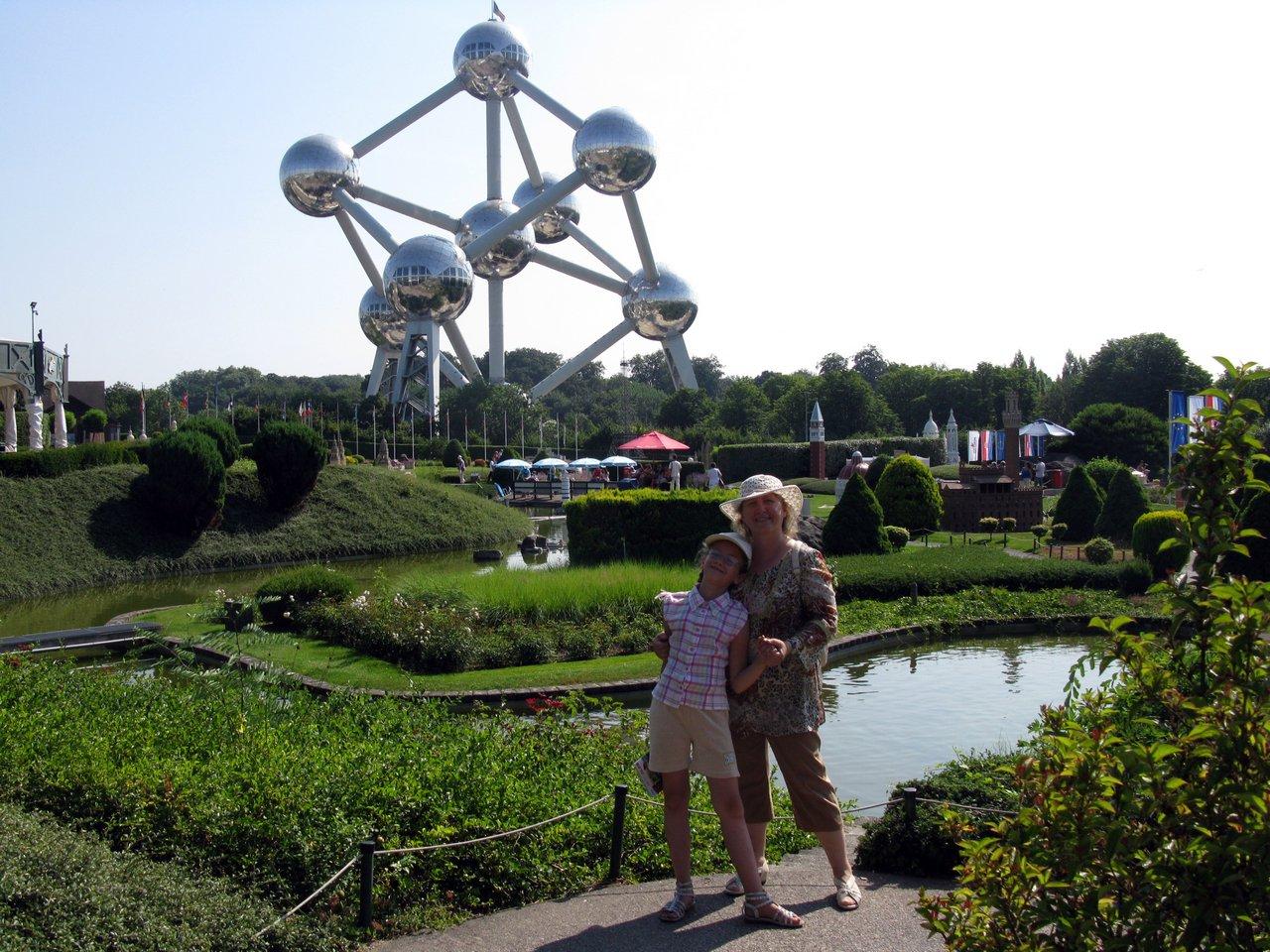 Мини-Европа и Атомиум