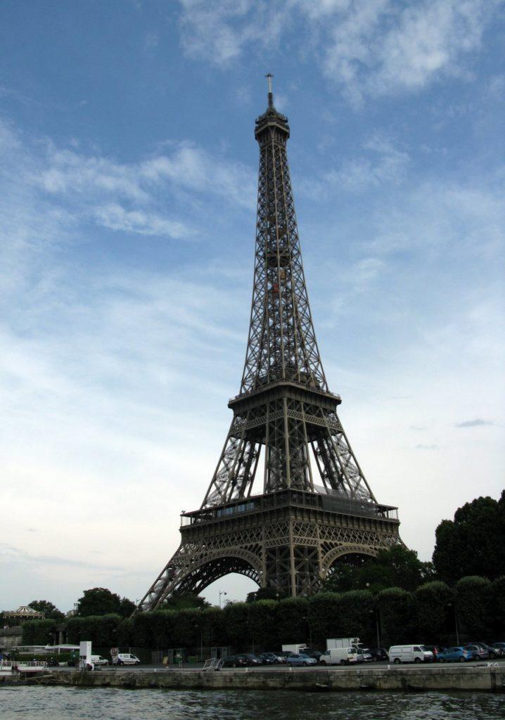 И снова Эйфелева башня
