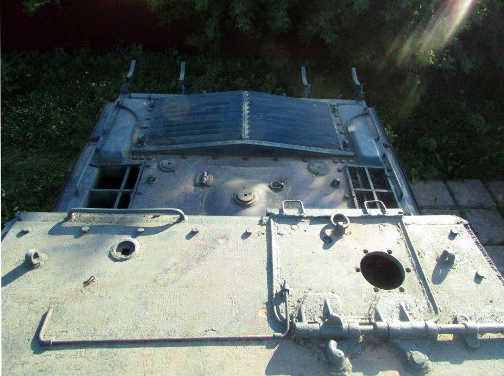 Крыша моторного отсека
