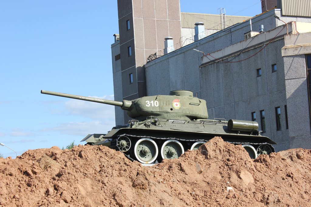 Танк Т-34-85 в Марковском