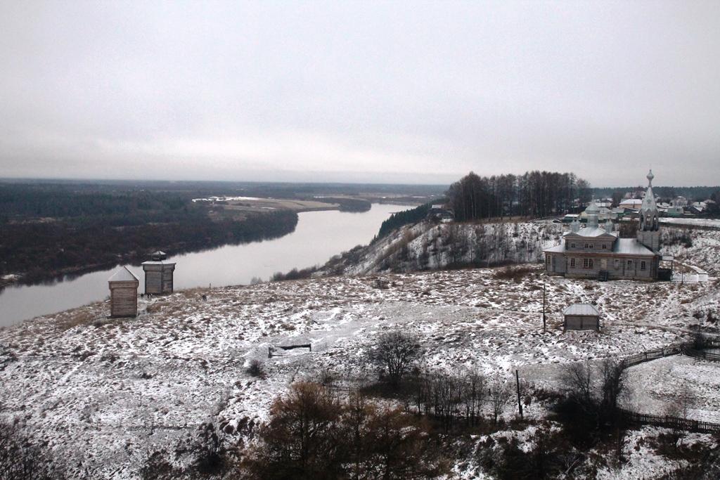 Вид на Троицкий холм