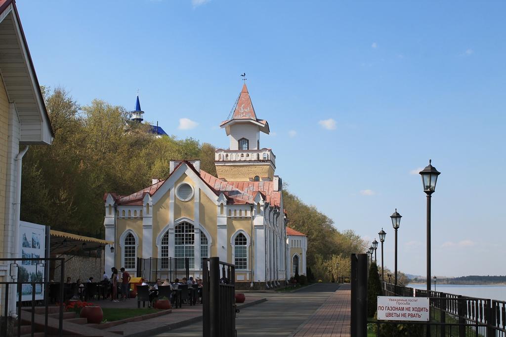 Сарапул. Здание городской водокачки