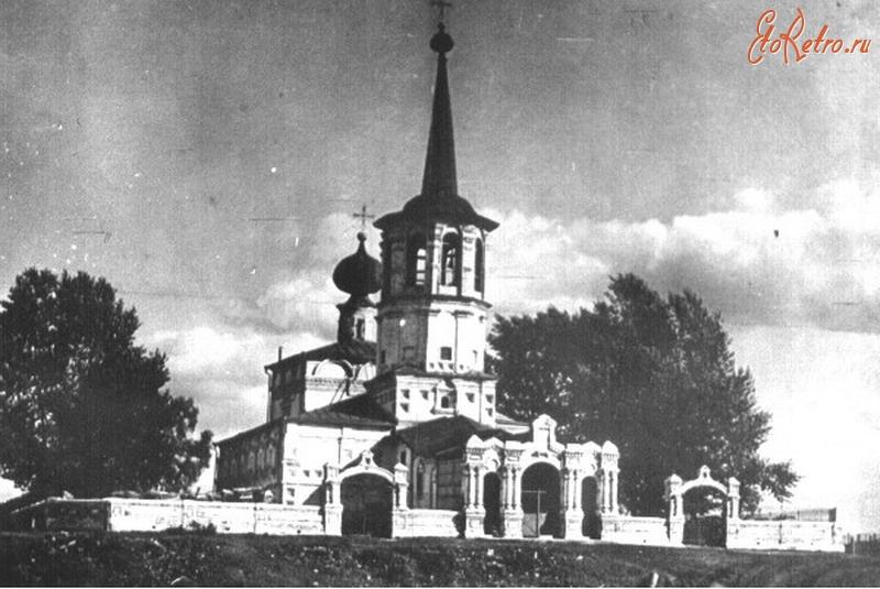 Когда-то церковь выглядела так